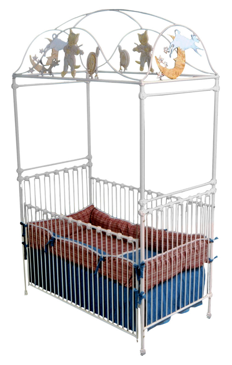 Cat and the fiddle canopy crib for Canopy above crib