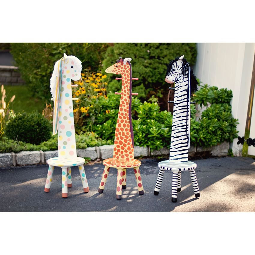 Giraffe Chair and Clothes Stand Thumbnail 3