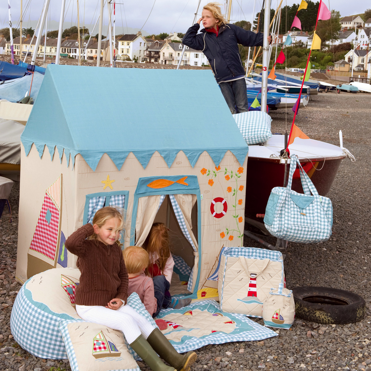 Beach House Play Tent Thumbnail 4