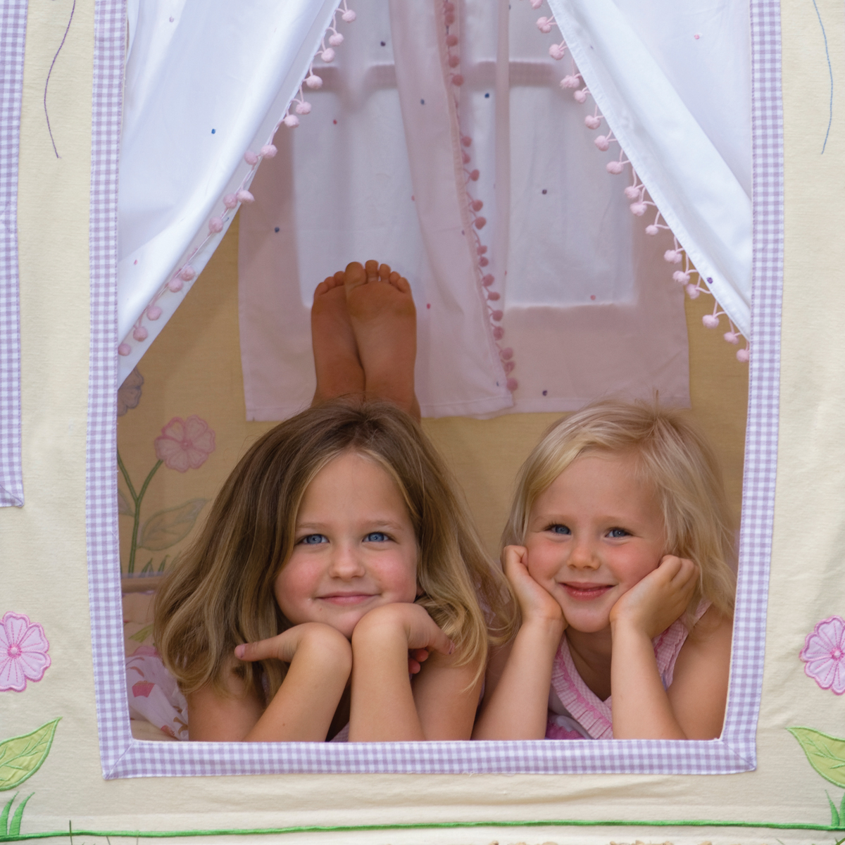 Girl's Butterfly Cottage Playhouse Thumbnail 3