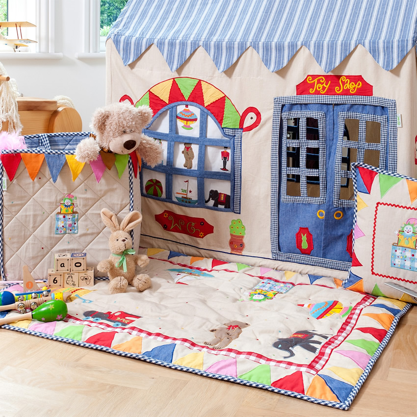 Appliqued Playhouse, Toy Shop Thumbnail 6