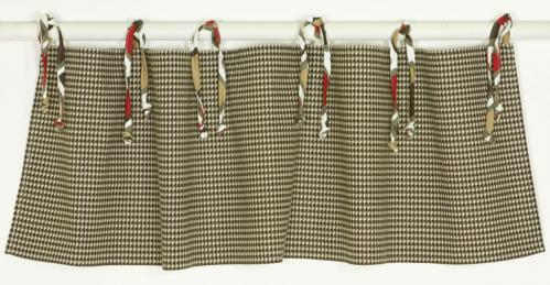 Houndstooth Valance by Cotton Tale Designs