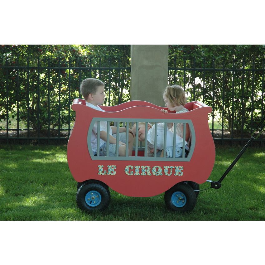 French Circus Wagon Thumbnail 1