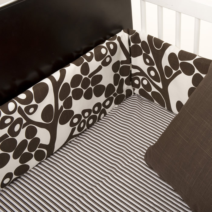 Modern Berries 3-Piece Crib Set in Brown by Oilo Thumbnail 1
